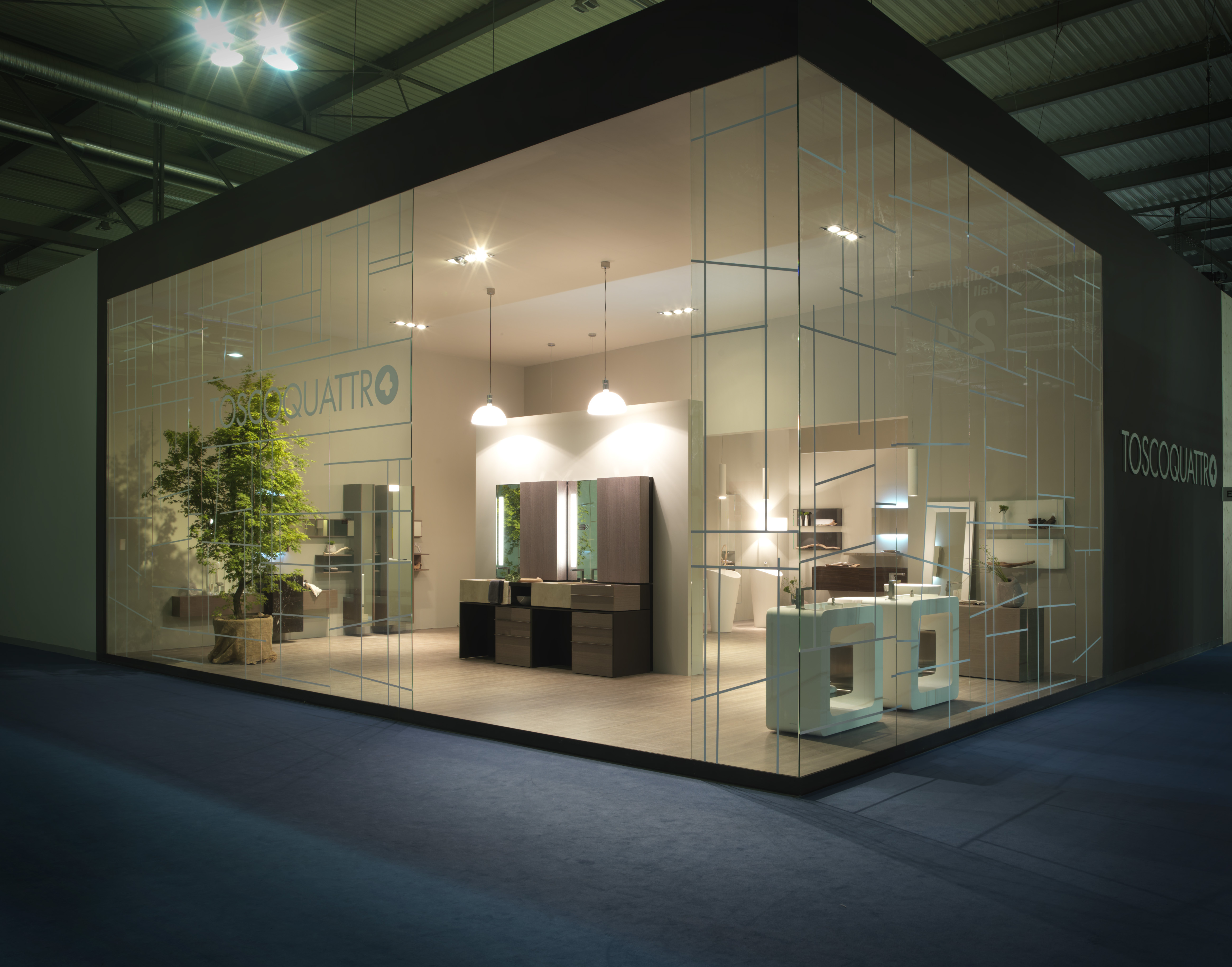 Toscoquattro trade srl per salone del mobile di milano for Salone di milano